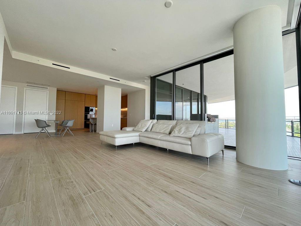 8701 Collins Ave #1005 photo010