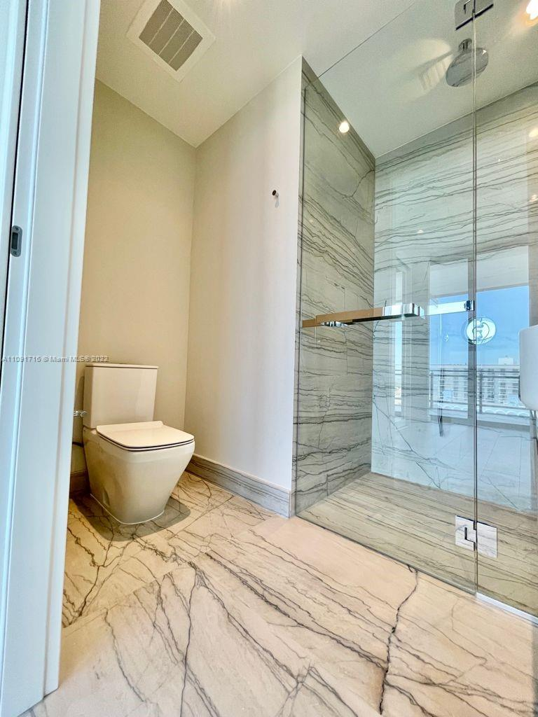 8701 Collins Ave #1005 photo019