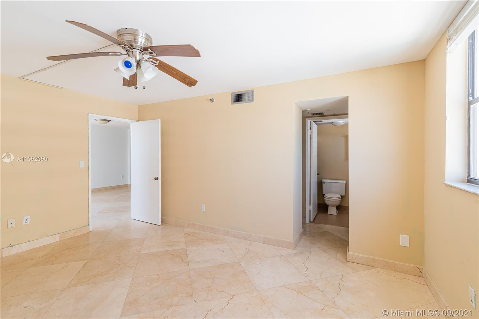 1623 Collins Ave #920 photo017