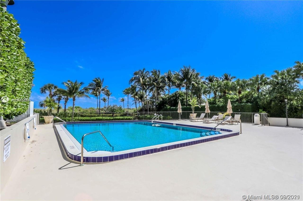1623 Collins Ave #920 photo021