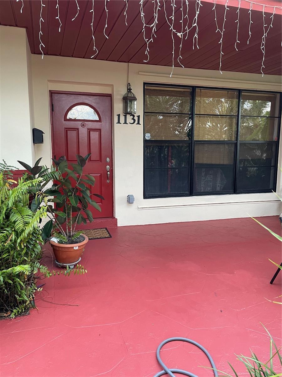 Single Family Home,For Rent,1131 NE 202nd St, Miami, Florida 33179,Brickell,realty,broker,condos near me