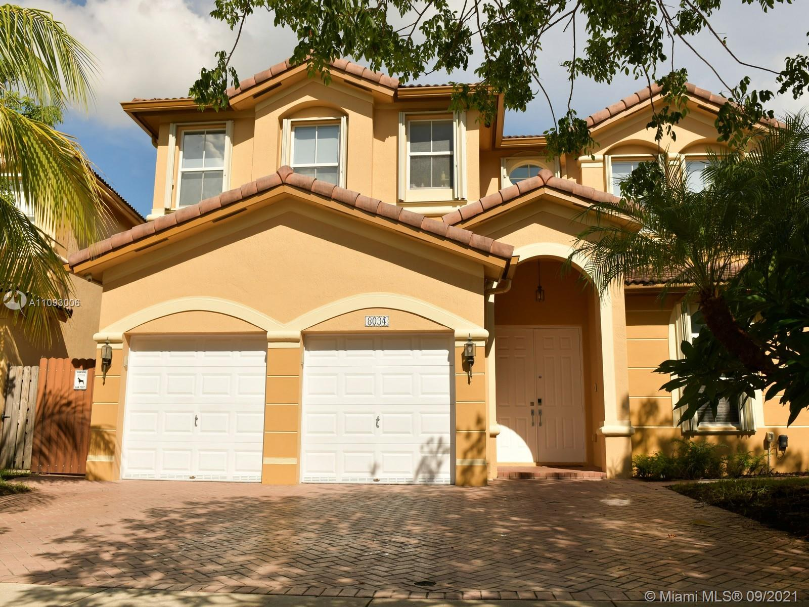 Islands At Doral - 8034 NW 111th Ct, Doral, FL 33178