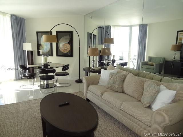17375 Collins Ave #2303 photo02