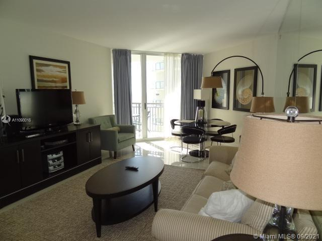17375 Collins Ave #2303 photo05