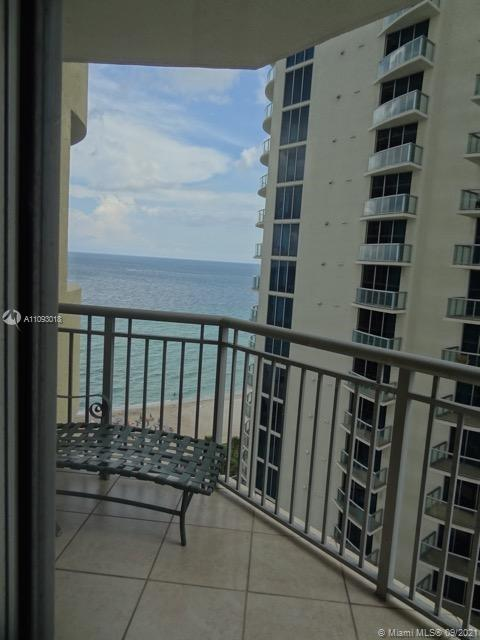 17375 Collins Ave #2303 photo020
