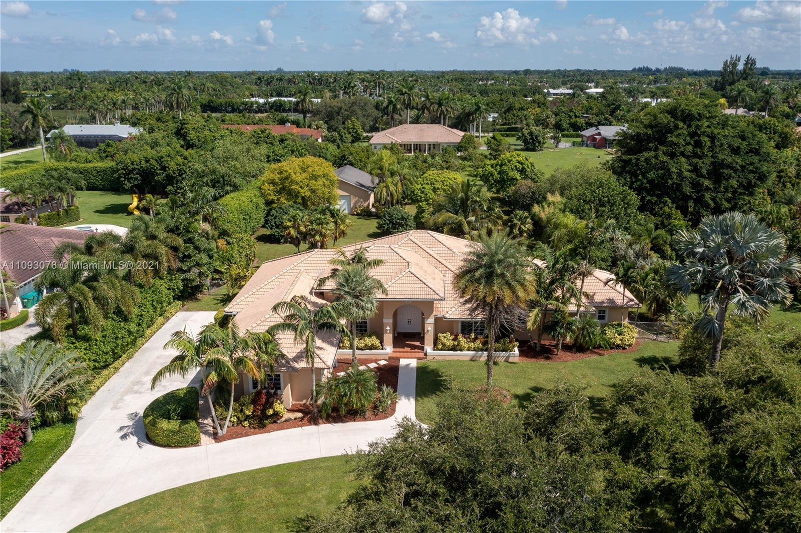 Single Family Home,For Sale,16071 SW 254th St, Homestead, Florida 33031,Brickell,realty,broker,condos near me