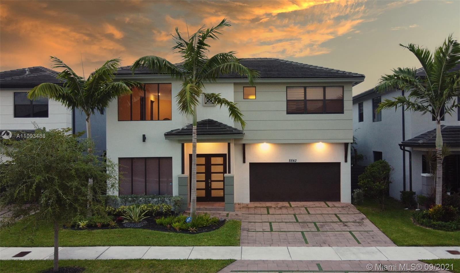 Miami Lakes #154 - 8842 NW 154th Ter #154, Miami Lakes, FL 33018