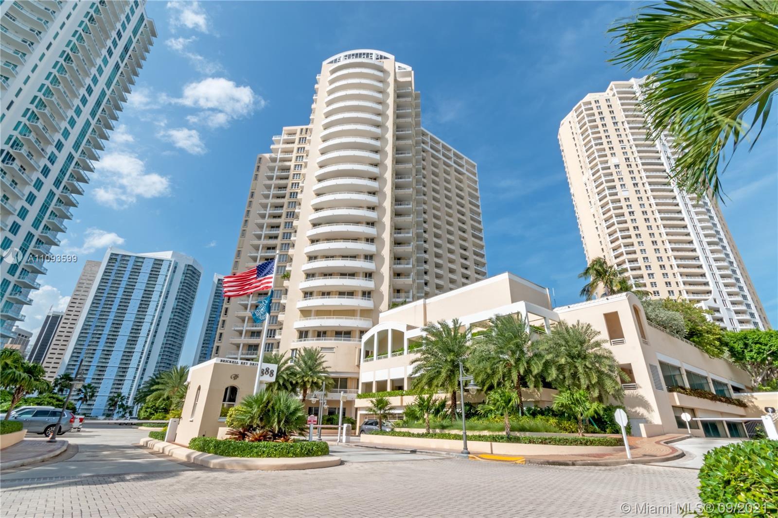 One Tequesta Point #1207 - 888 Brickell Key Dr #1207, Miami, FL 33131