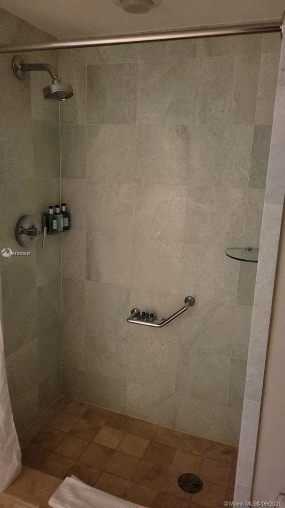 18683 Collins Ave #1401 photo014