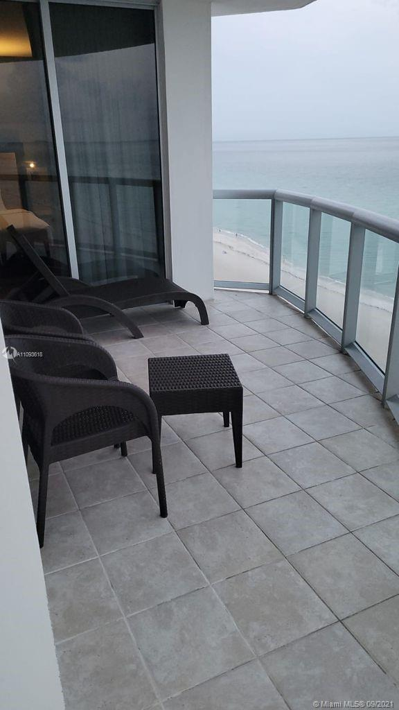 18683 Collins Ave #1401 photo019