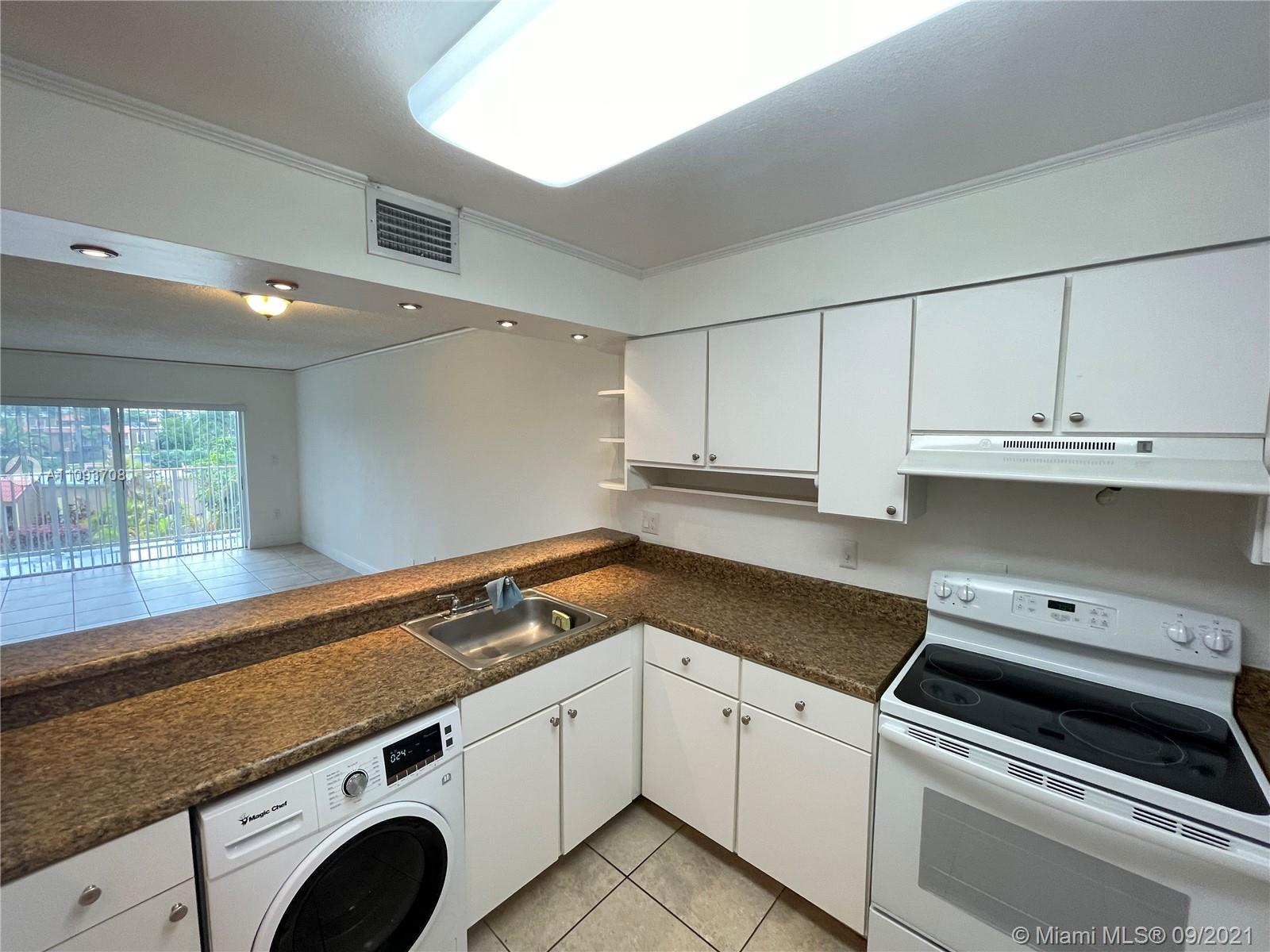 5102 NW 79th Ave #301 photo01