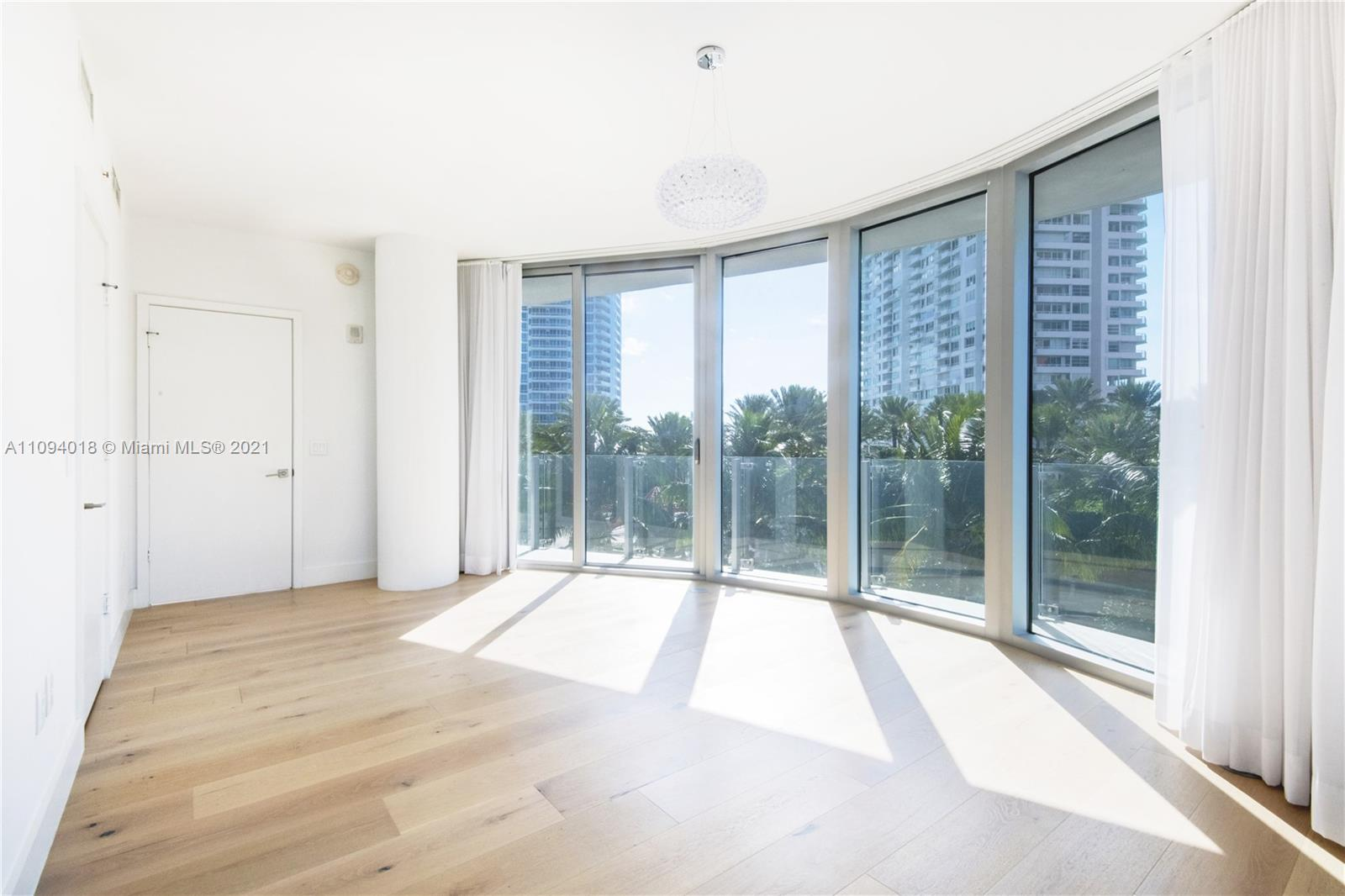 1 Collins Ave #401 photo07
