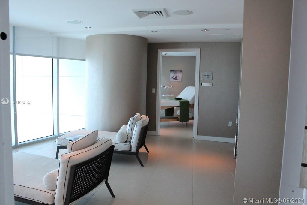 17001 Collins Ave #2704 photo010