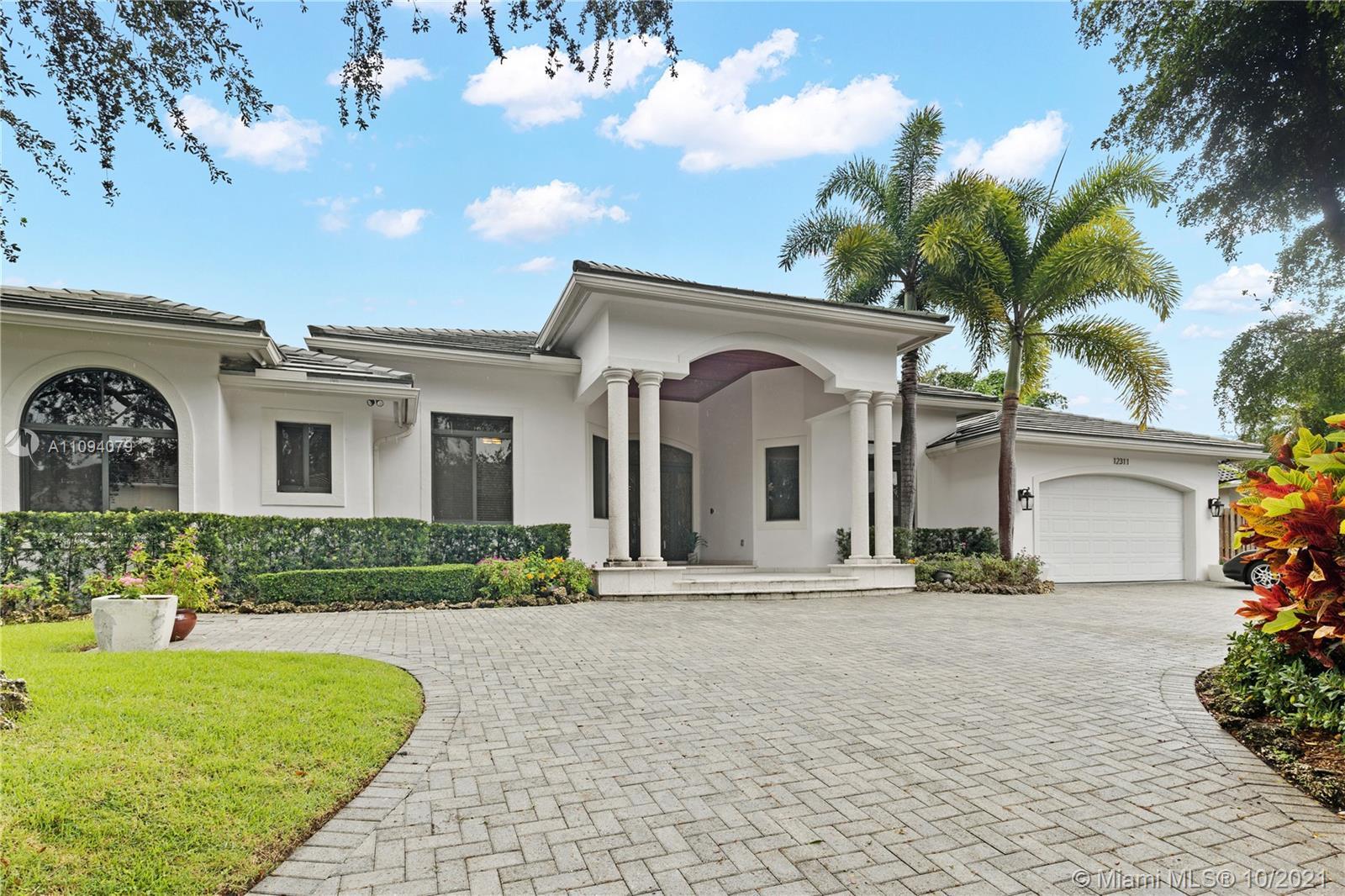 Oak Ridge Falls - 12311 SW 94th Ave, Miami, FL 33176