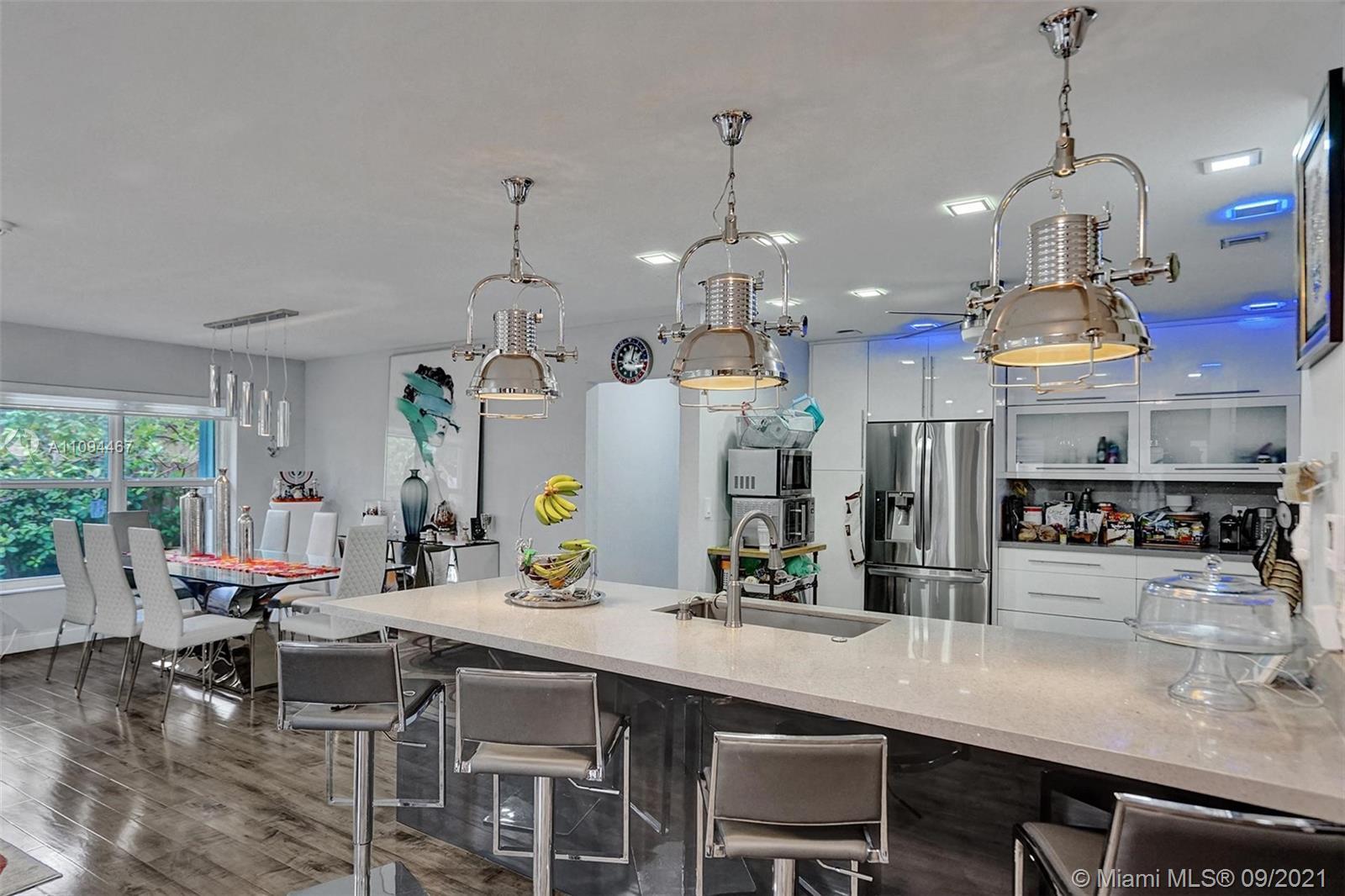 Single Family Home For Sale GREYNOLDS PARK WEST,SKYLAKE2,300 Sqft