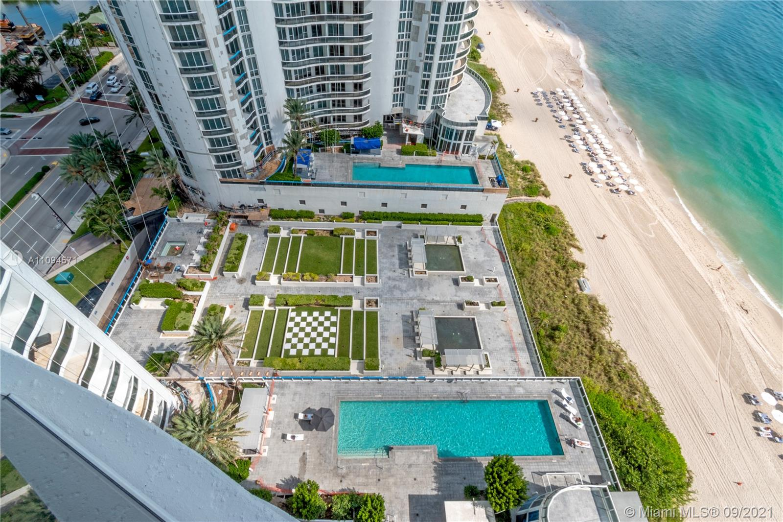 15811 Collins Ave #1802 photo013