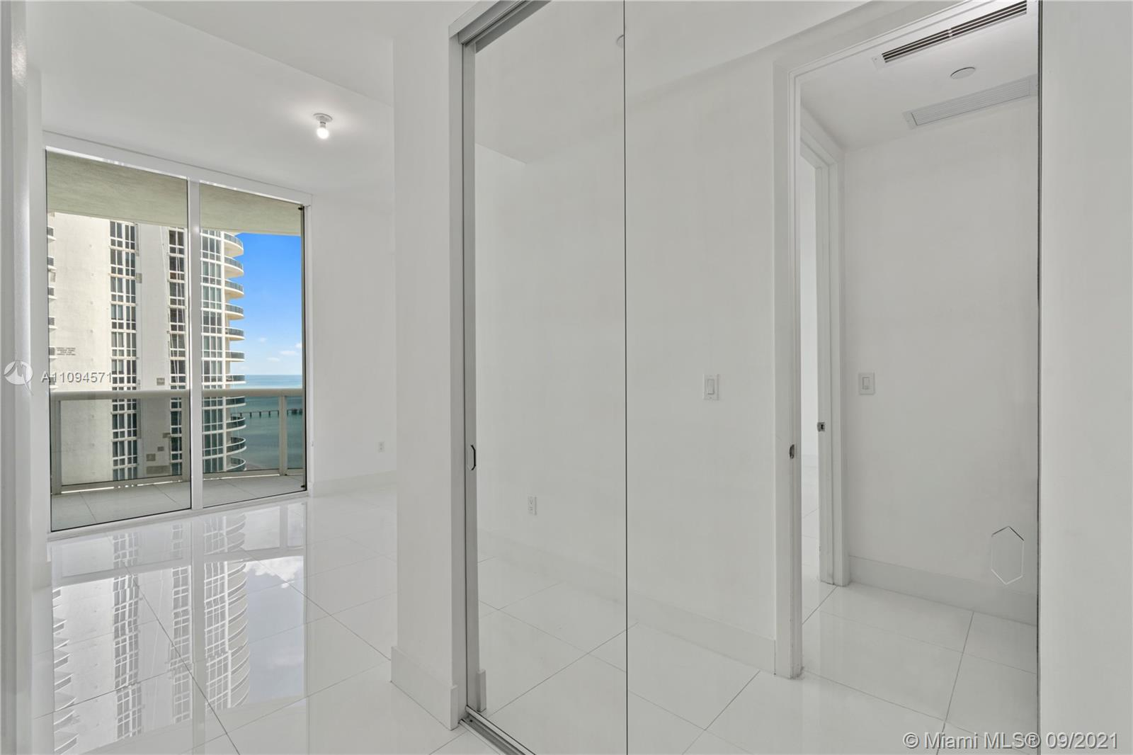 15811 Collins Ave #1802 photo016