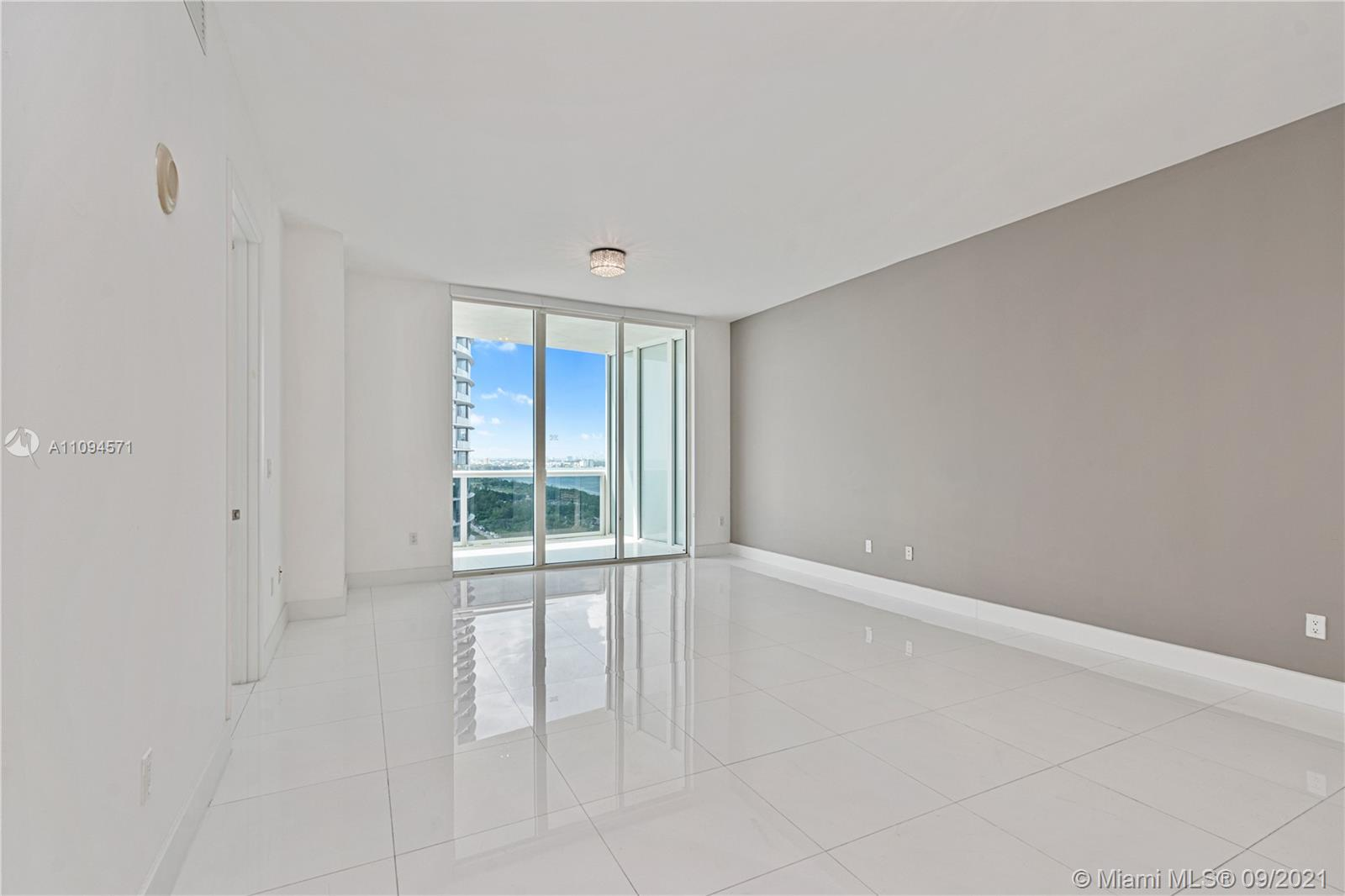 15811 Collins Ave #1802 photo07