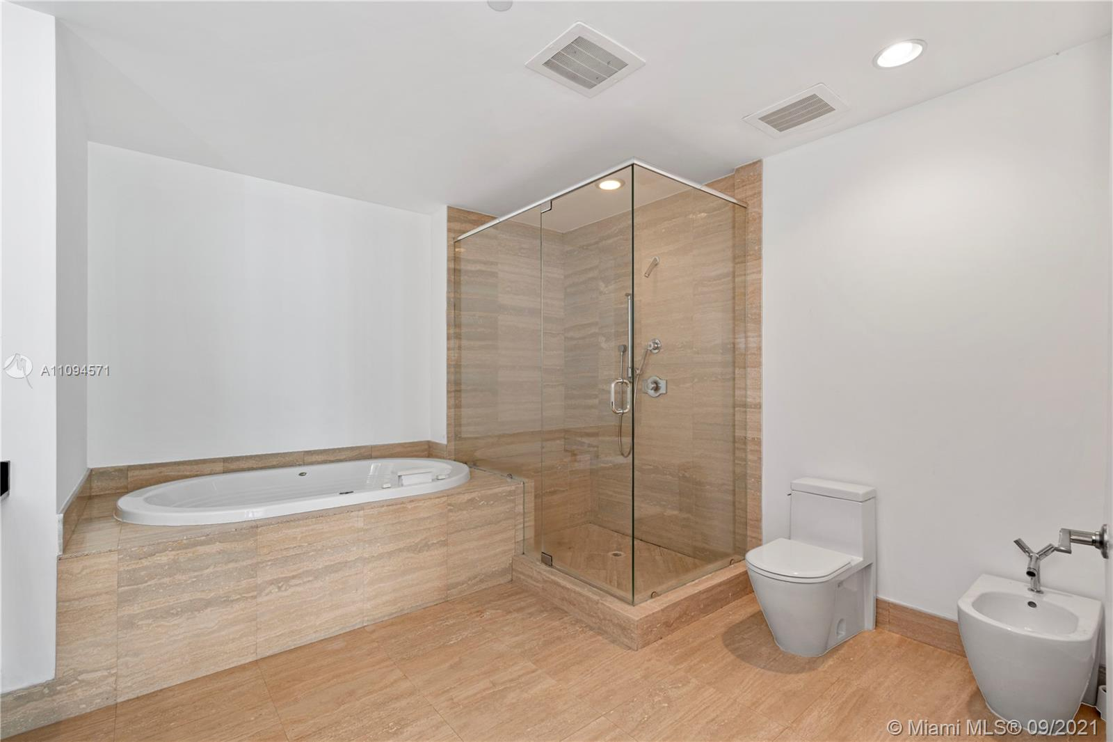 15811 Collins Ave #1802 photo019