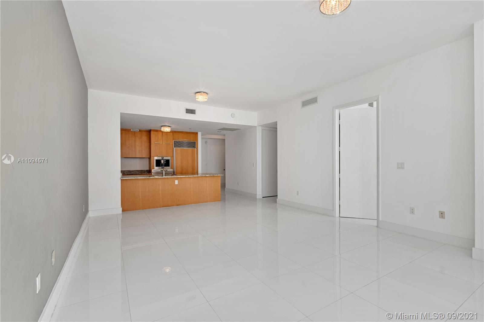 15811 Collins Ave #1802 photo08