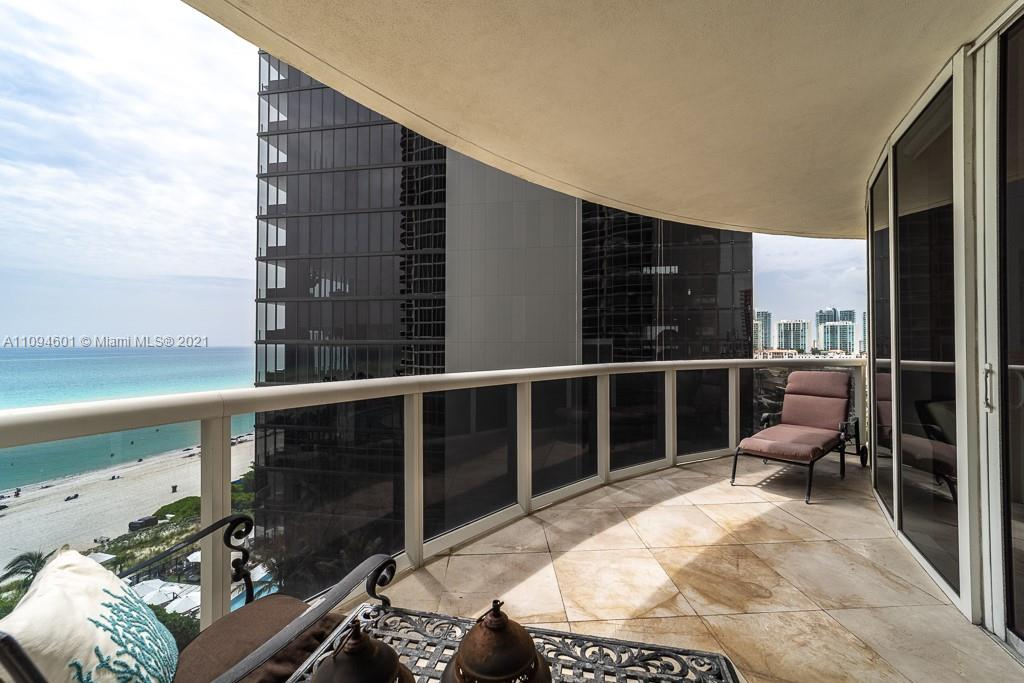 17201 Collins Ave #1005 photo020
