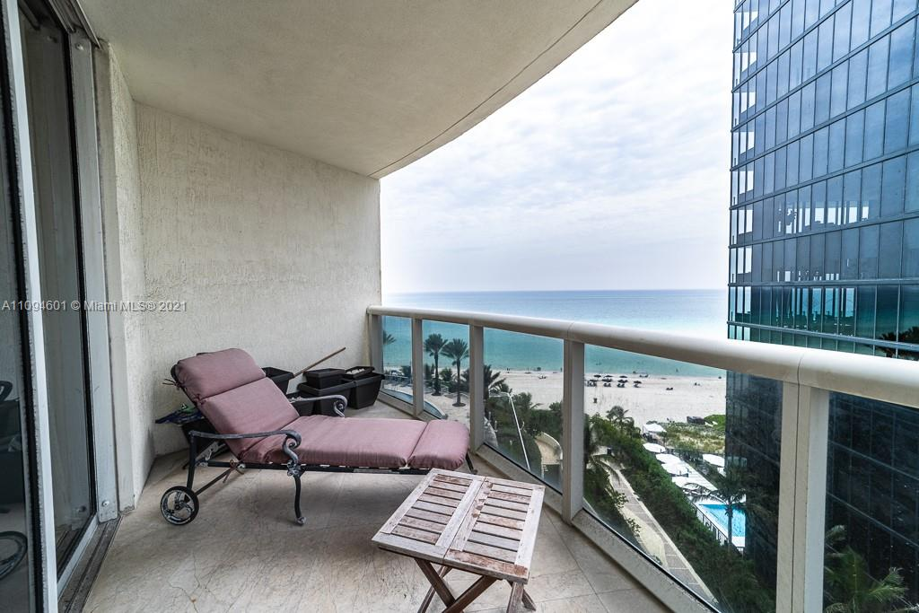 17201 Collins Ave #1005 photo024