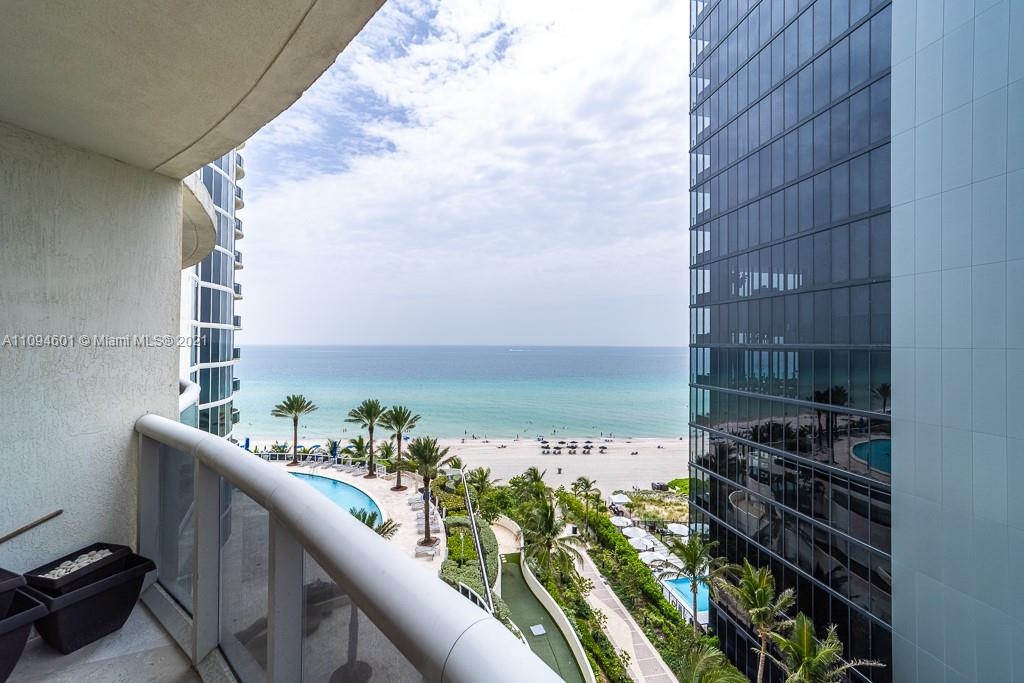 17201 Collins Ave #1005 photo019