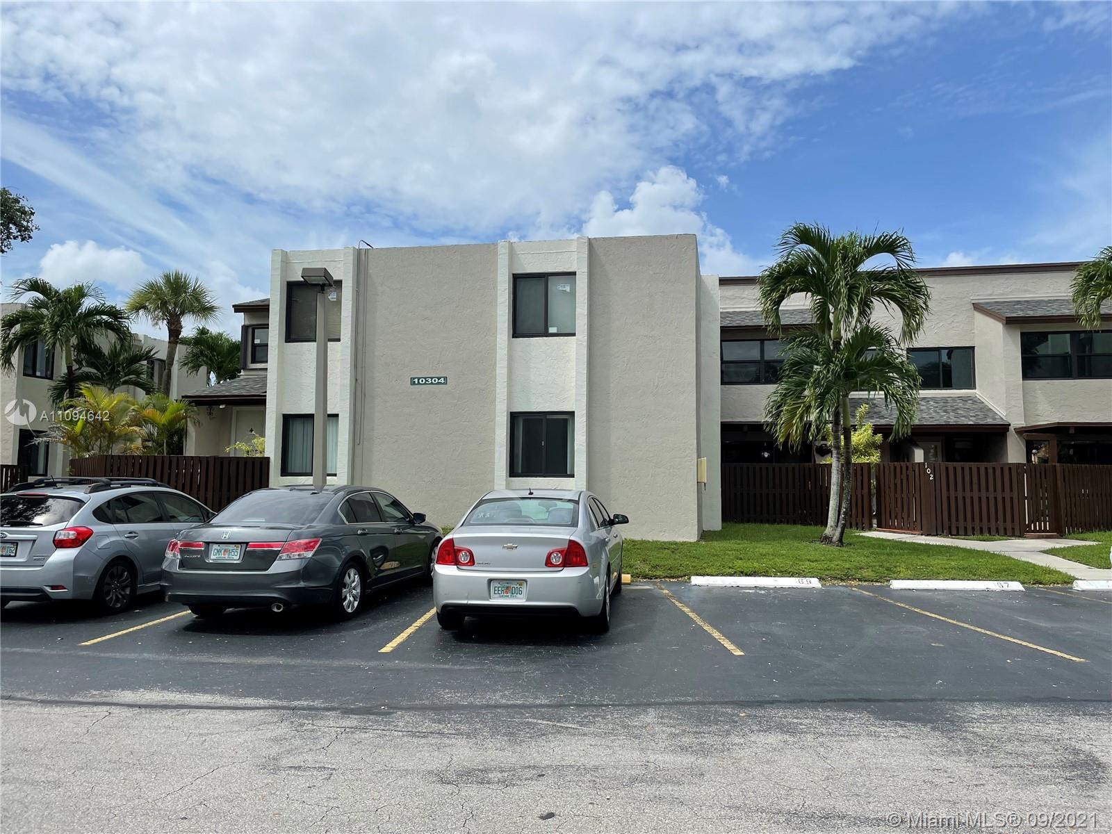 Las Ramblas #202 - 10304 NW 9th Street Cir #202, Miami, FL 33172