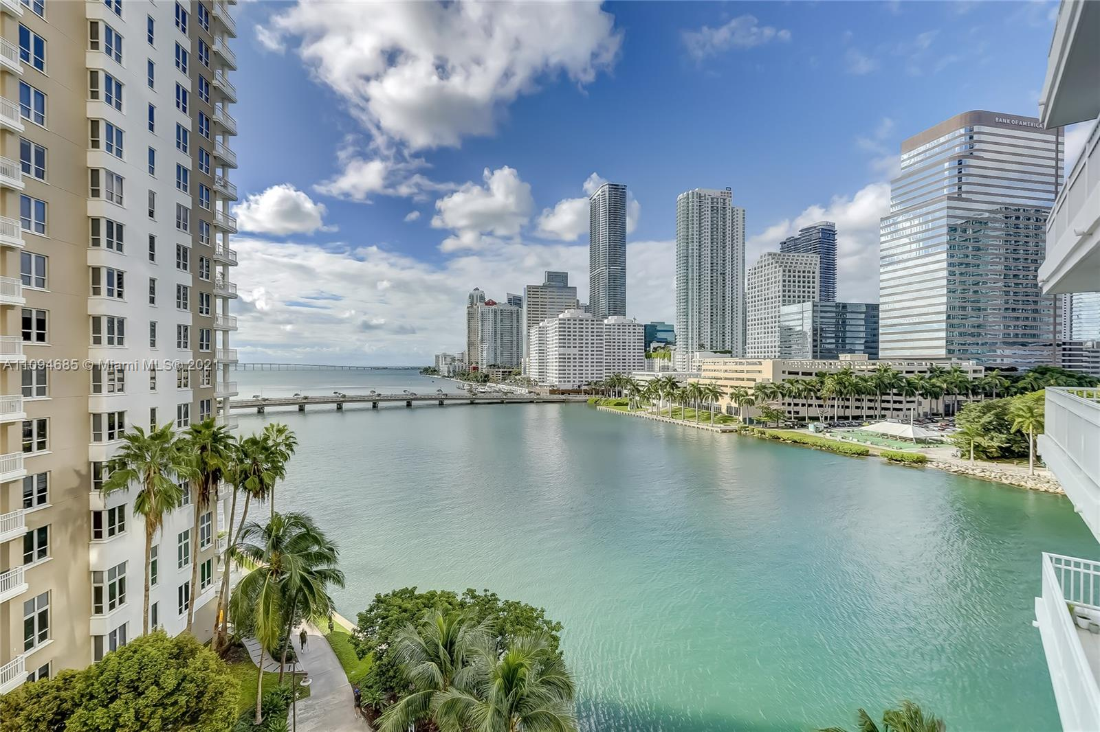 Courts Brickell Key #703 - 801 Brickell Key Blvd #703, Miami, FL 33131