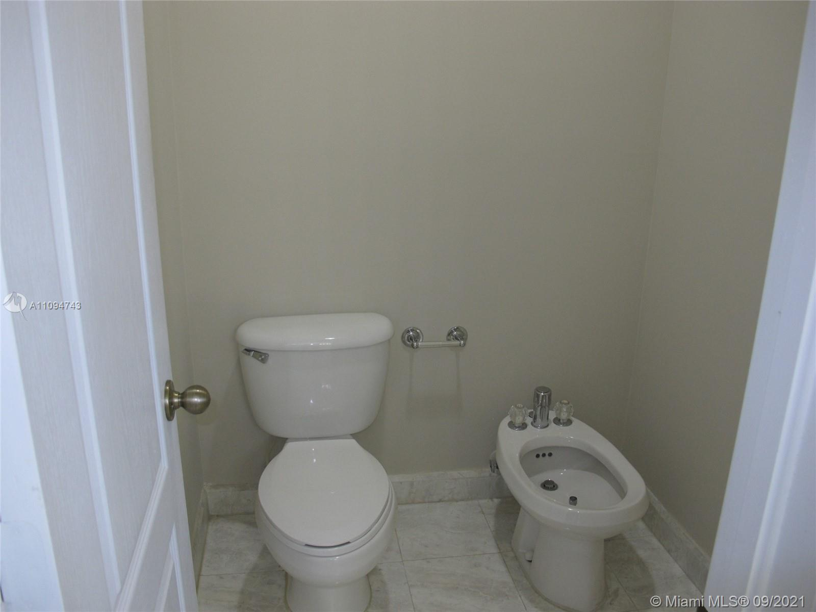 4705 NW 95th Ave photo019