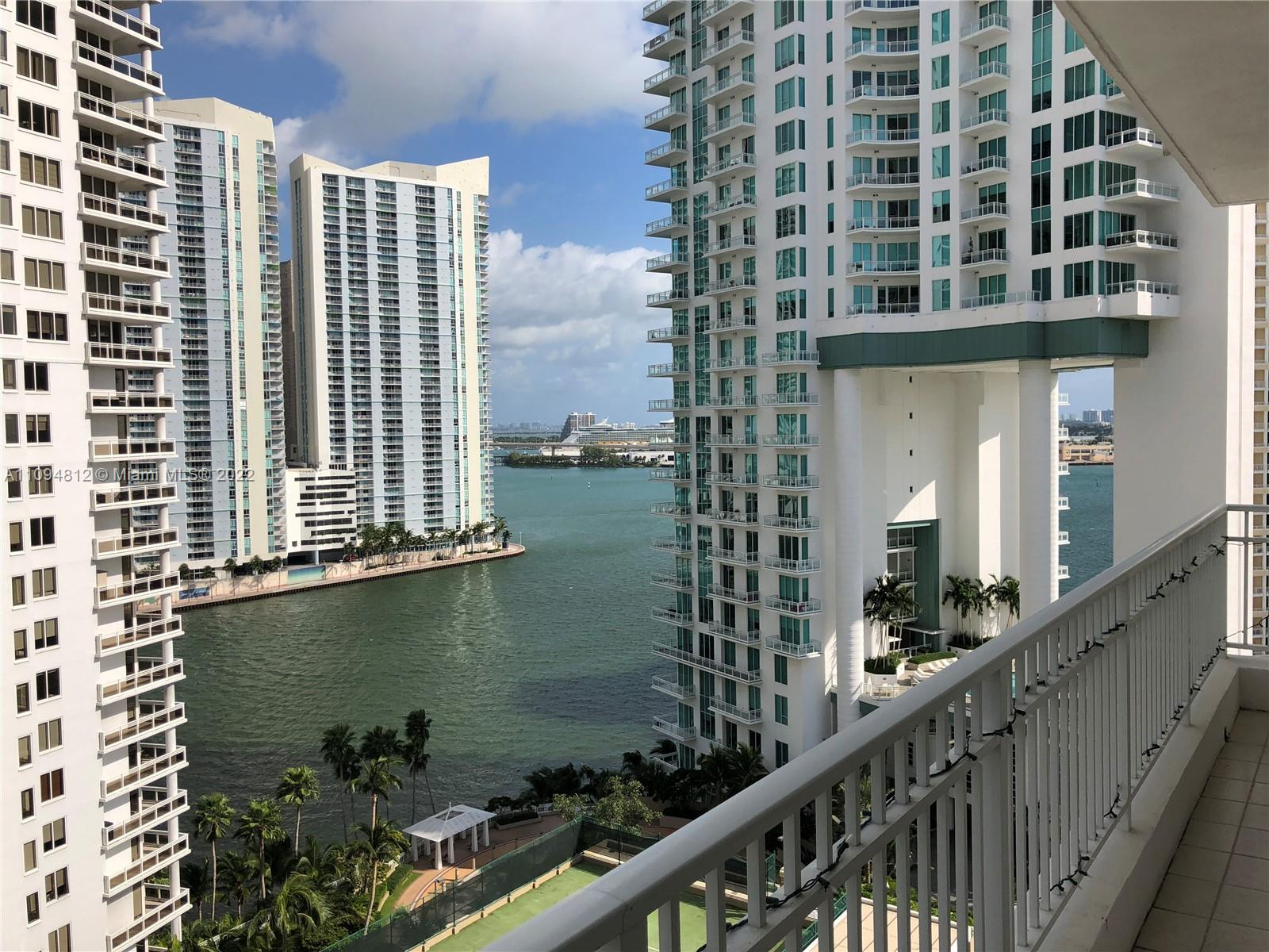 Courts Brickell Key #1610 - 801 Brickell Key Blvd #1610, Miami, FL 33131