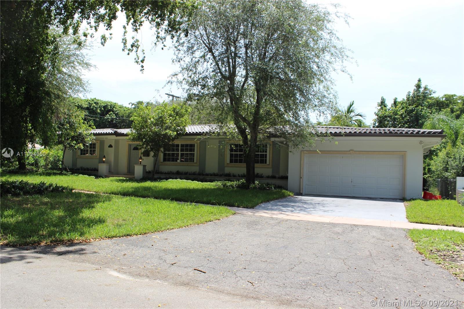 South Miami - 500 San Juan Dr, Coral Gables, FL 33143