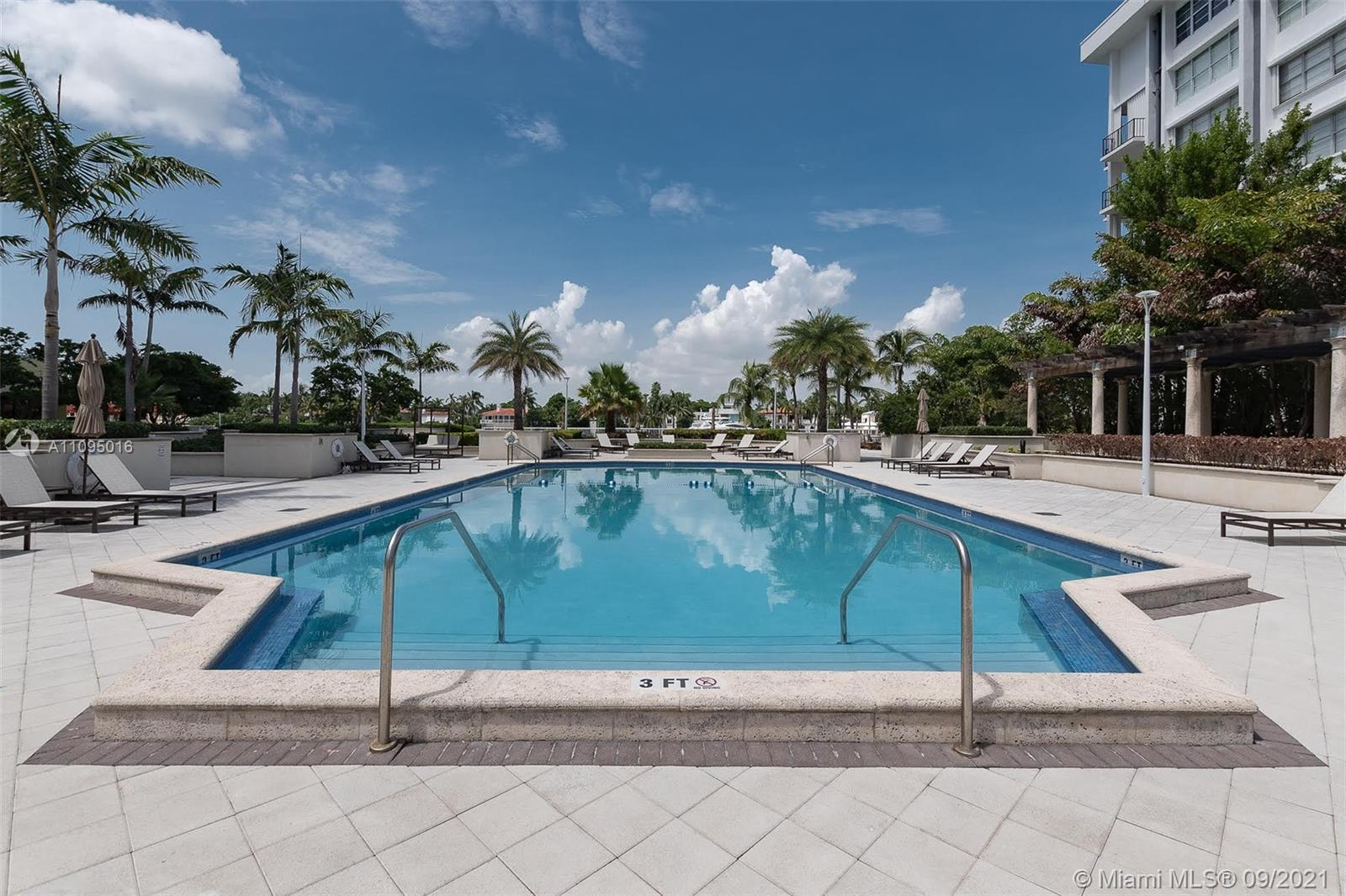 5600 Collins Ave #5R photo07