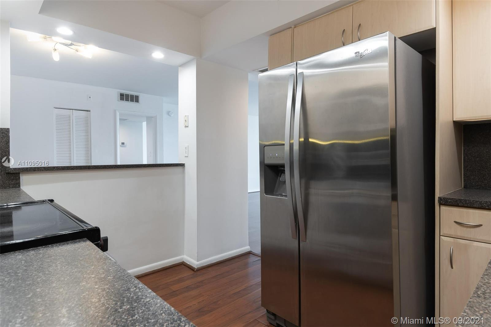 5600 Collins Ave #5R photo028