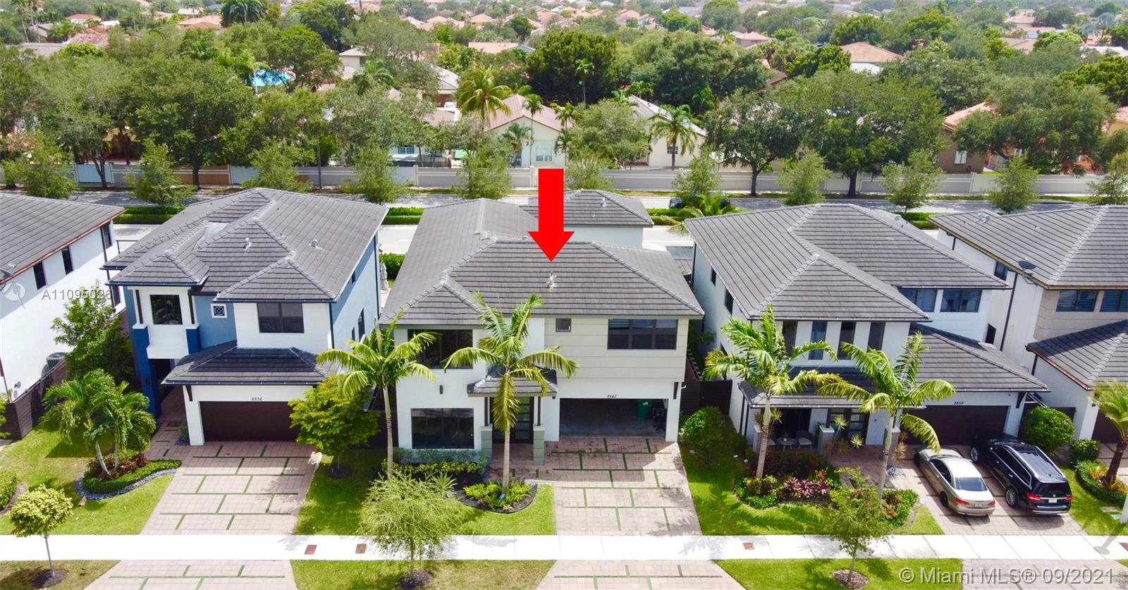 8842 NW 154th Ter photo047