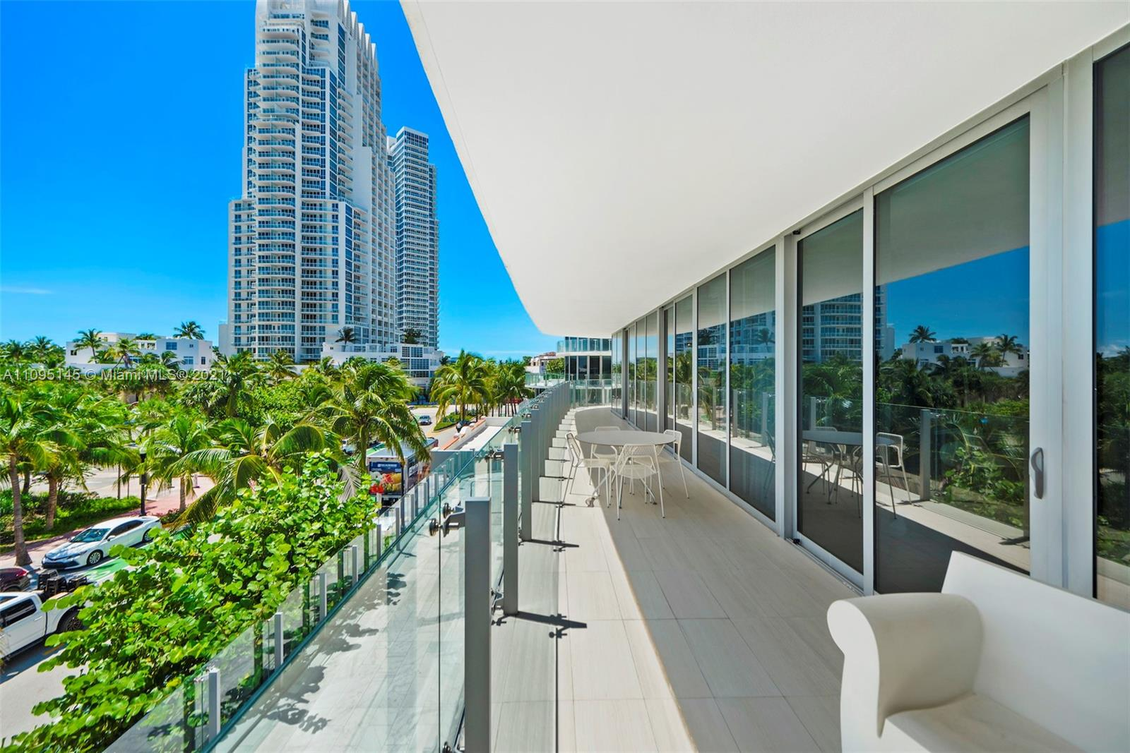 1 Collins Ave #307 photo08