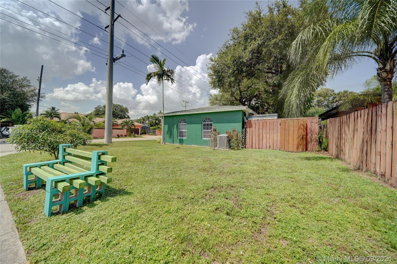 1634 SW 9th Ave photo035