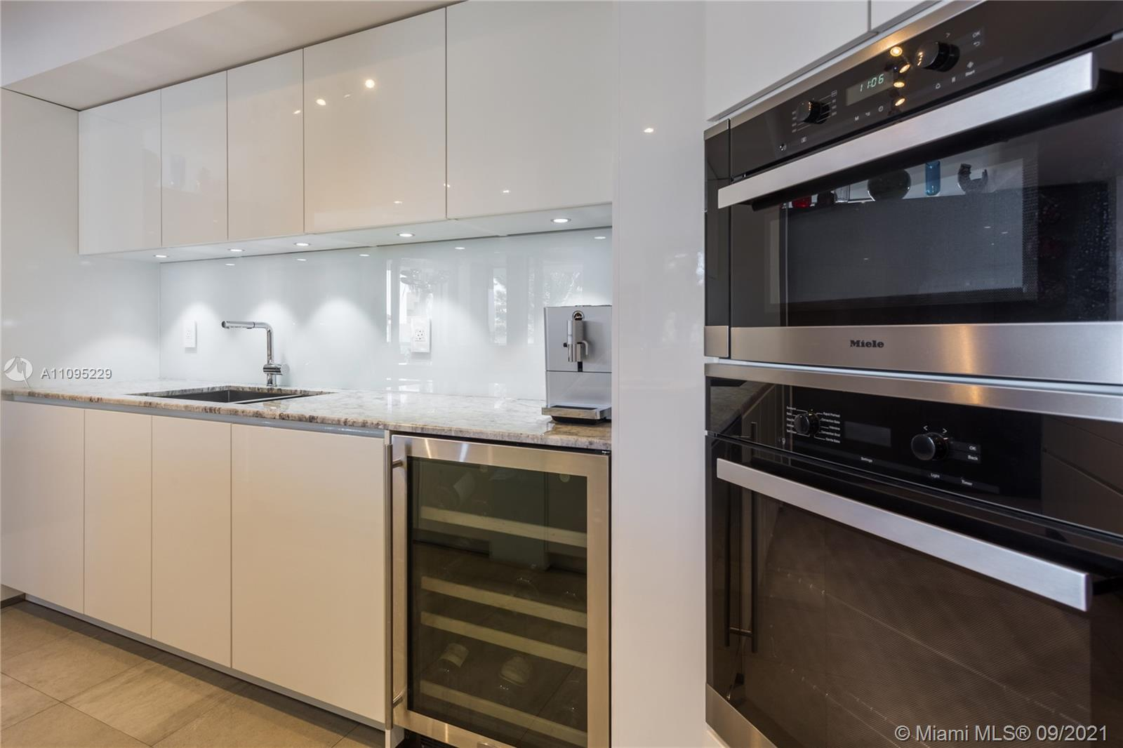 8925 Collins Ave #3G photo09