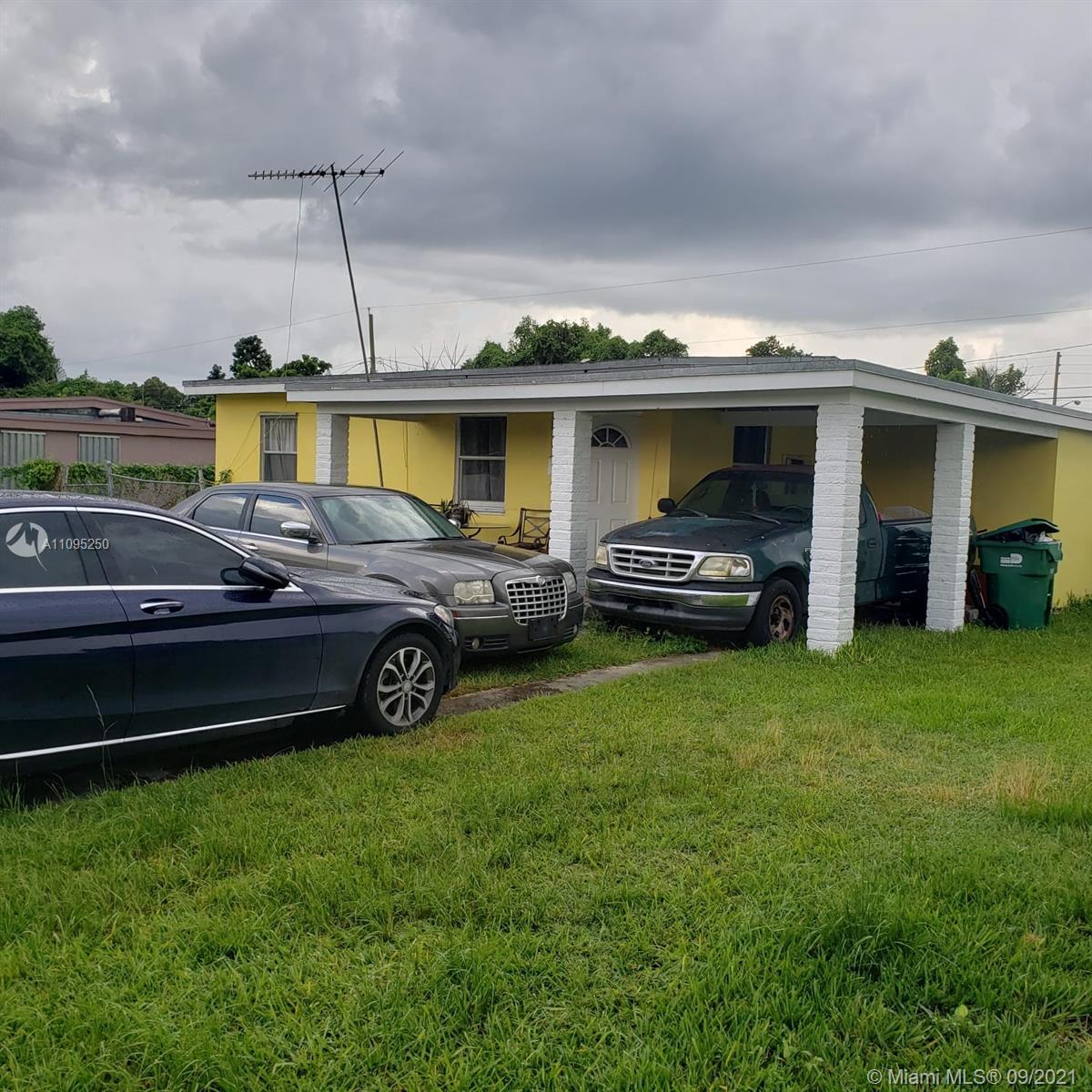 Single Family Home,For Sale,420 NE 12th St, Homestead, Florida 33030,Brickell,realty,broker,condos near me