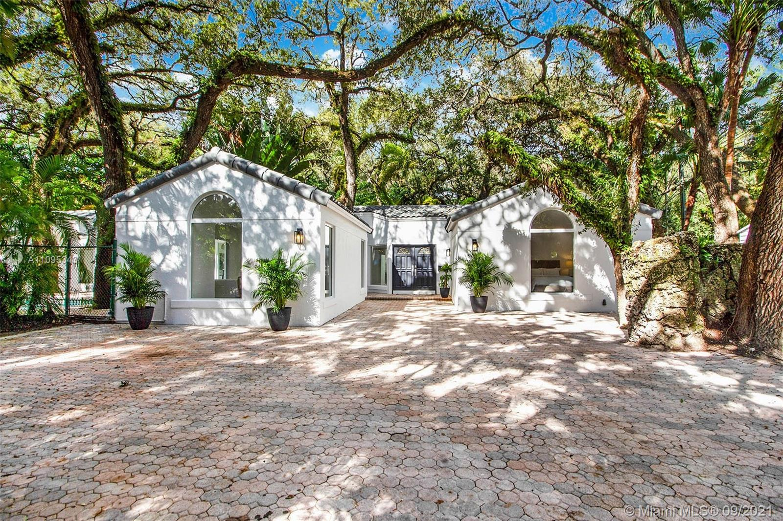 Single Family Home,For Sale,3700 Justison Road, Coconut Grove, Florida 33133,Brickell,realty,broker,condos near me