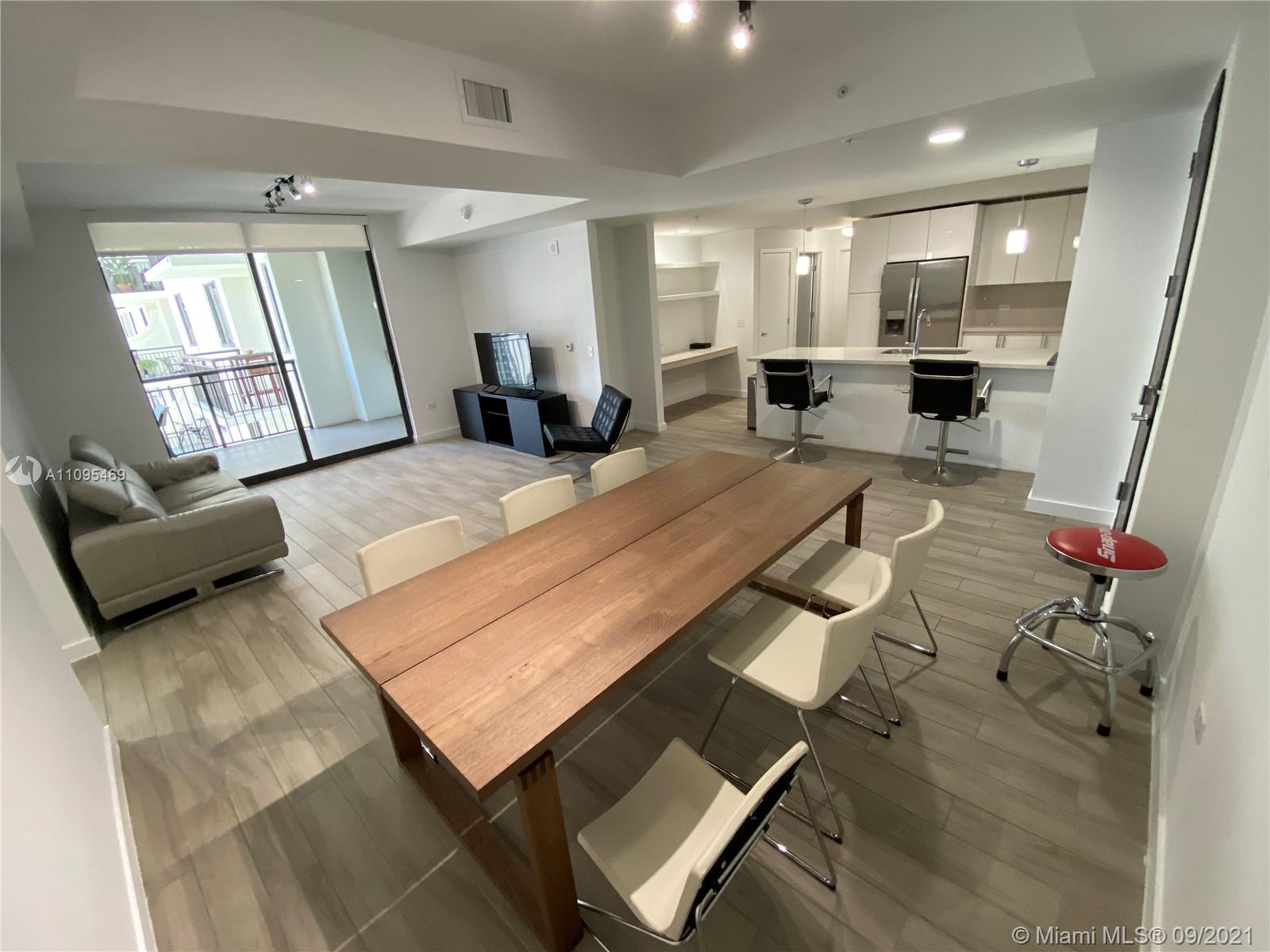 999 SW 1st Ave #2516