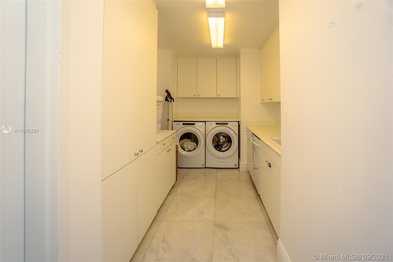 10295 Collins Ave #206 photo024