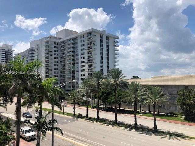 5825 W Collins Ave #4A photo013