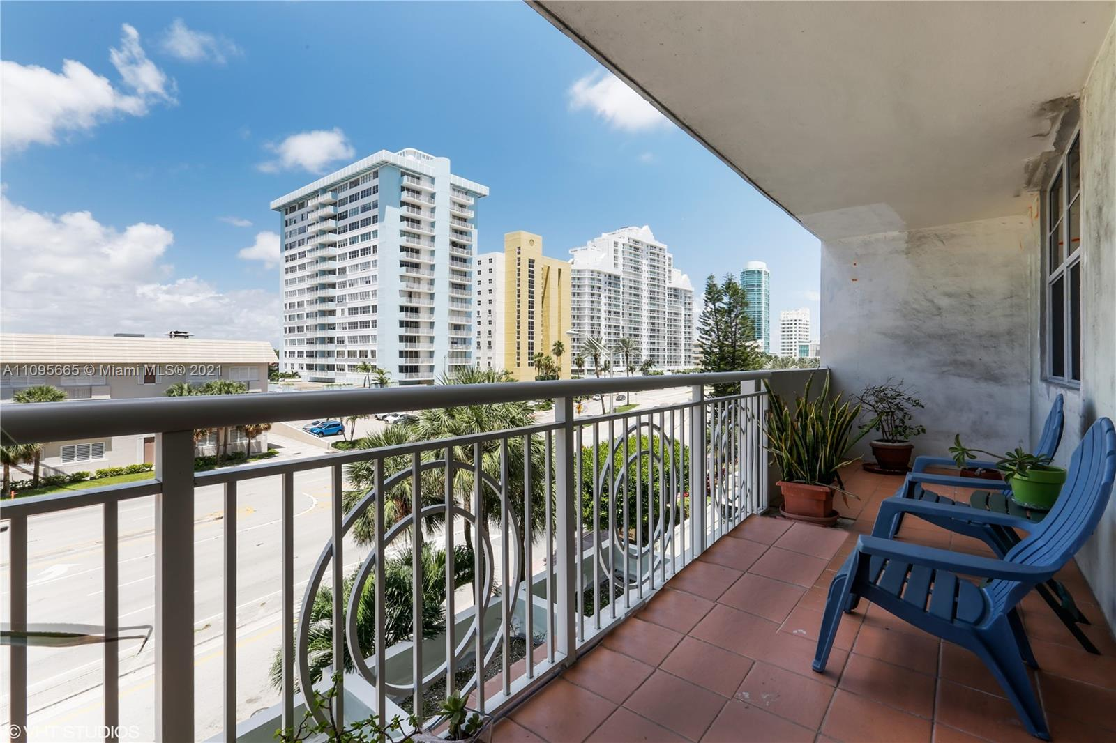 5825 W Collins Ave #4A photo010