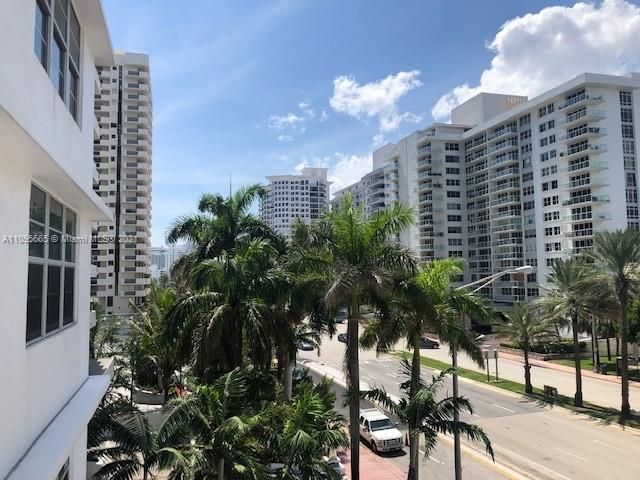 5825 W Collins Ave #4A photo014