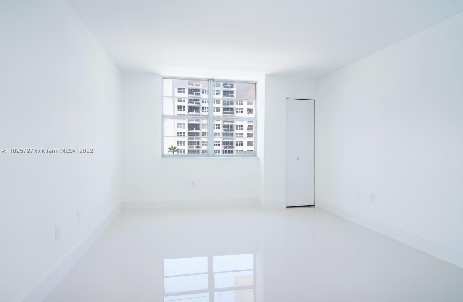 5701 Collins Ave #509 photo011