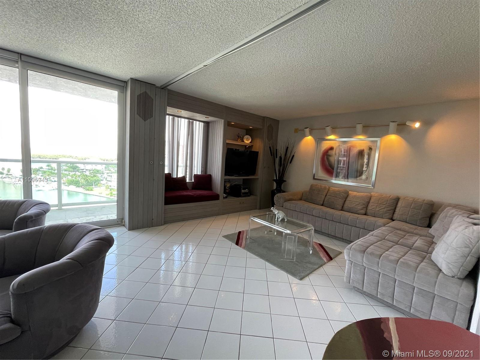 100 Bayview Dr #1503 photo010