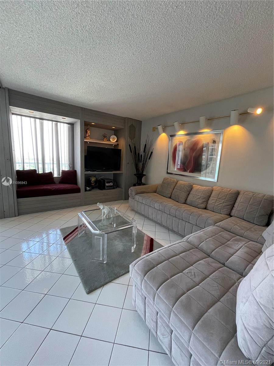 100 Bayview Dr #1503 photo018