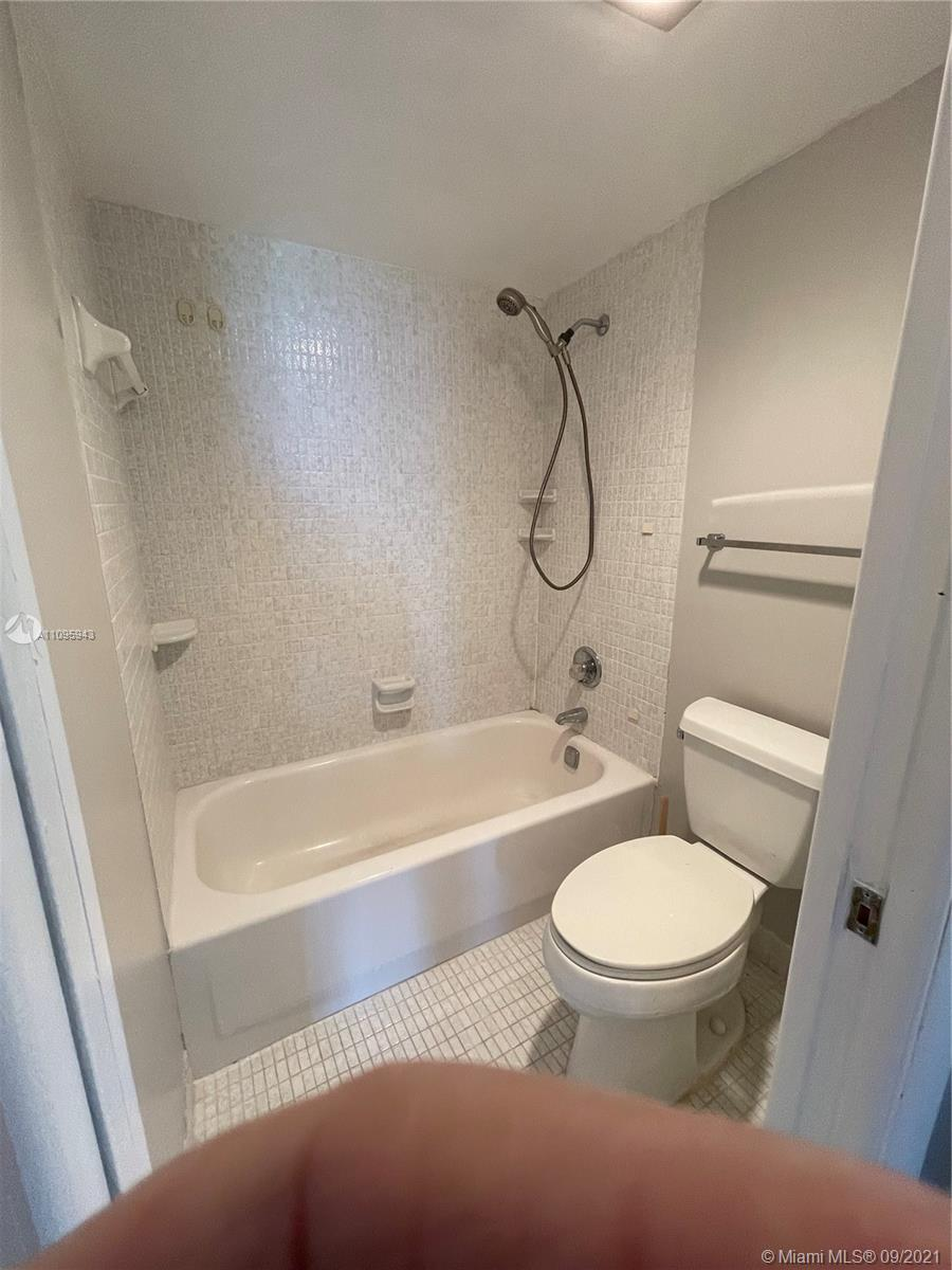 100 Bayview Dr #1503 photo029