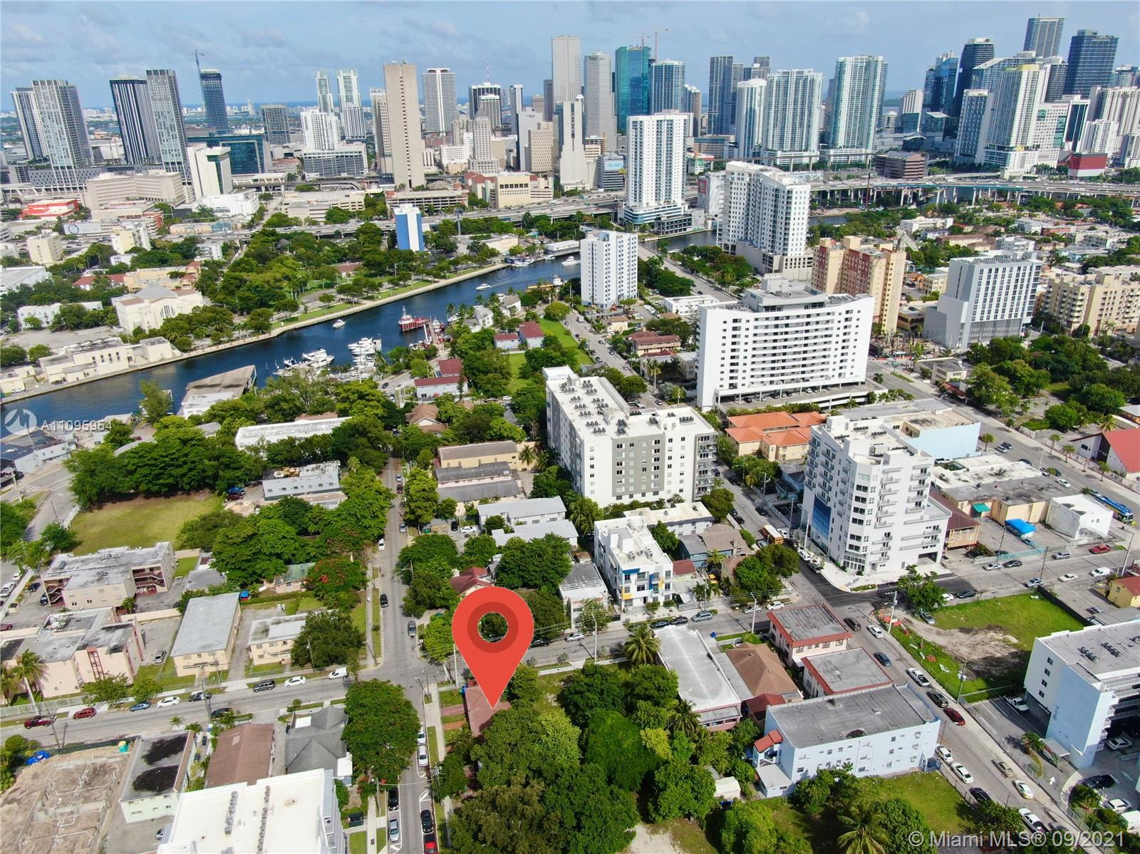 700 NW 2 St, Miami, Florida 33128, ,Residential Income,For Sale,2 St,A11095954